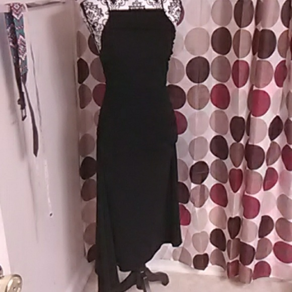 unknown Dresses & Skirts - Sexy clingy black dress